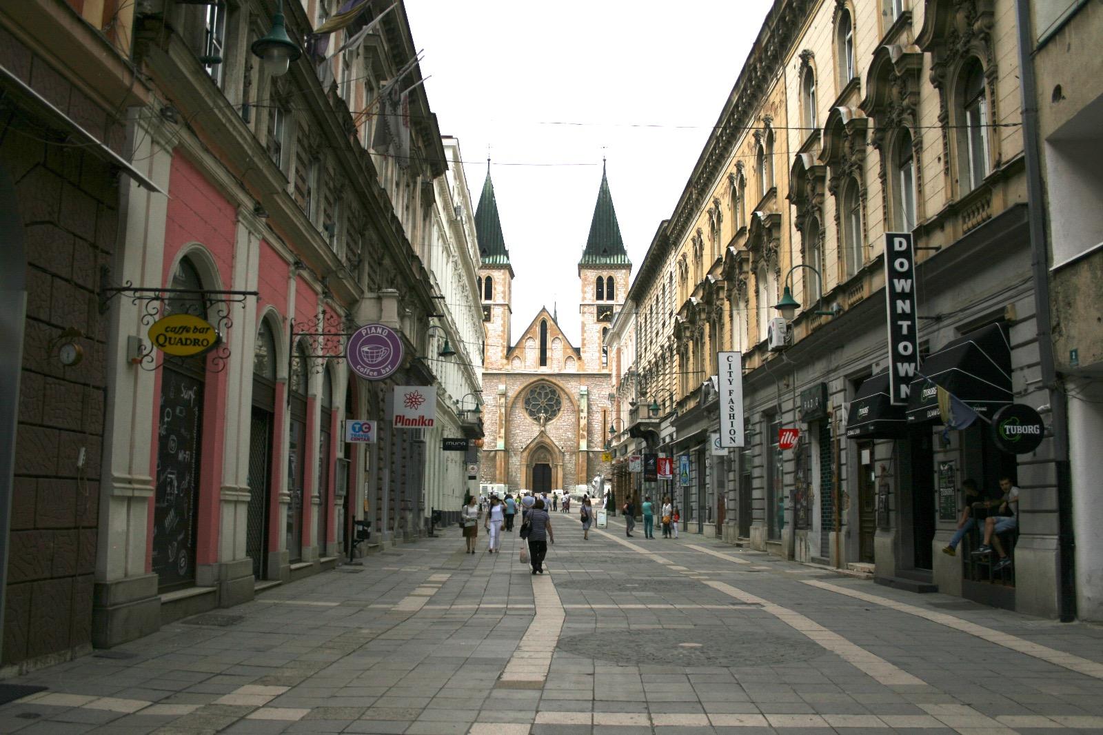 Sarajevo - La Città Ferita